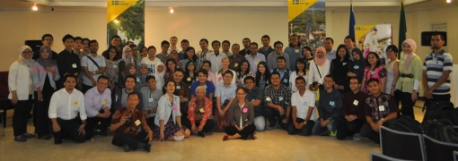 Students and Alumni at the Pre-Departure Briefing 2015